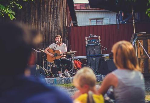 Bakgårdsfestival 2013. Foto: Thingshuset.