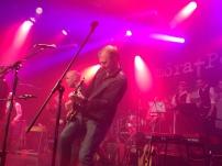 Magnus Wikström på môra-Pers jubileumskonsert på Ritz i Arvika 1/11 2014. Foto: David Fryxelius.