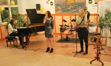 De tre låtarna framfördes live såklart! Foto: David Fryxelius.