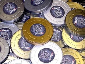 """Adam Wests """"Hollywood-XXX-Edition"""" gjordes i 2 numrerade plåtburkar."""