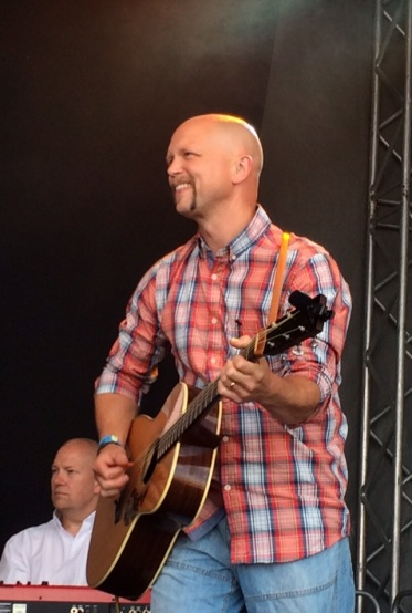 Andreas Johansson gästspelade i môra-per på Arvika Hamnfest 2015. Foto: David Fryxelius.