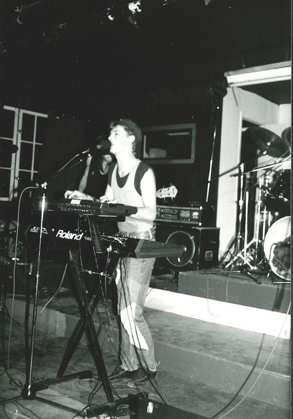 Doktor Glas på DIP-teatern (källaren på nuvarande Musikskolan) 1986. Foto utlånat av: Magnus Fors.