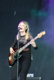 Musiker på Dotters konsert på Arvika Hamnfest 2017. Foto: David Fryxelius.