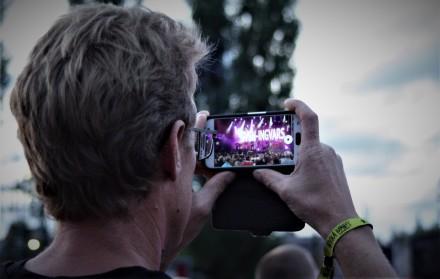 Publik på Sven-Ingvars på Arvika Hamnfest 2018. Foto: David Fryxelius.