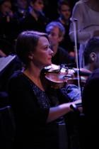 Musikskolans symfoniorkester tolkar Queen. Foto: David Fryxelius.