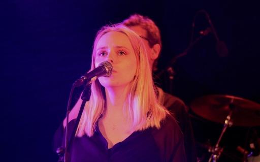Josephine Asker i Pink Furtan på Parkliv 2019. Foto: David Fryxelius.