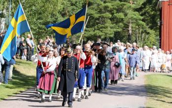 Parad på Gammelvâla. Foto: Brunskogs hembygdsförening.