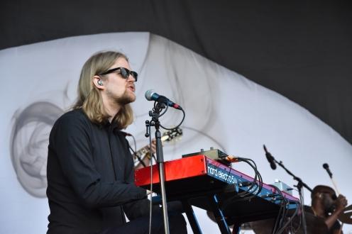 Musiker på Albin Lee Meldaus konsert på Arvika Hamnfest 2019. Foto: David Fryxelius.
