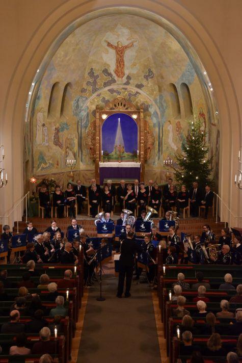 Julkonsert med Arvika Stadsmusikkår och Arvika Kammarkör. Foto: David Fryxelius.
