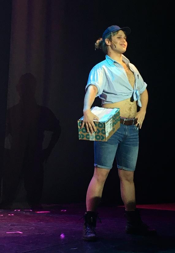 Elmer Järpegård i Legally Blonde. Foto: David Fryxelius.