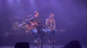 "Anton & Hildur på insamlingsgalan ""Music against Covid-19""."