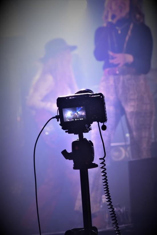 En av många kameror på Music against Covid-19 del 2 på Ritz. Foto: David Fryxelius.