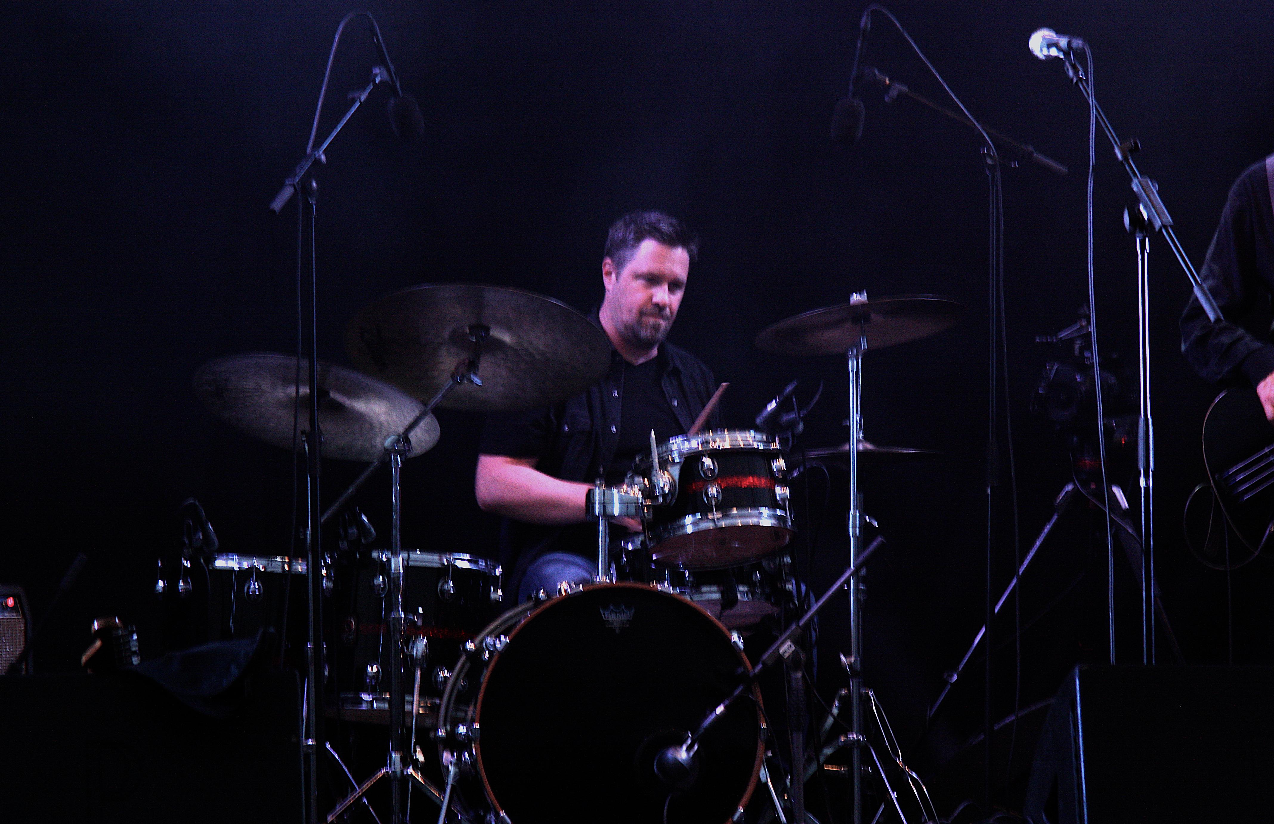 Henrik Berg i T-Bear and the Dukes på Piren Live 2020. Foto: David Fryxelius.