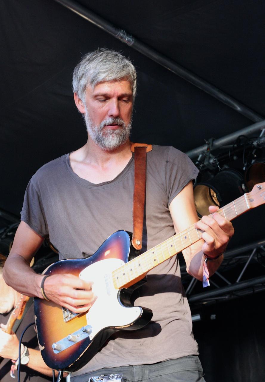 Tobias Östlund i Clarksville på Viksholmsfestivalen 2021. Foto: David Fryxelius.
